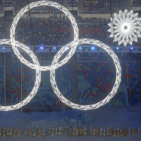GTY_sochi_olympic_opening_ceremony_ring_fail byonline